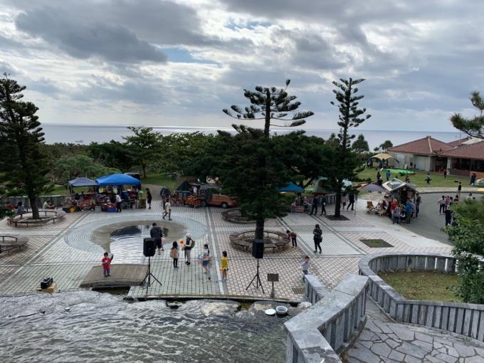 沖縄の公園の噴水